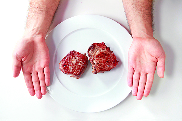 Precision Nutrition Palm Sized Portions Steak Example Male Forget calorie counting: Try this calorie control guide for men and women